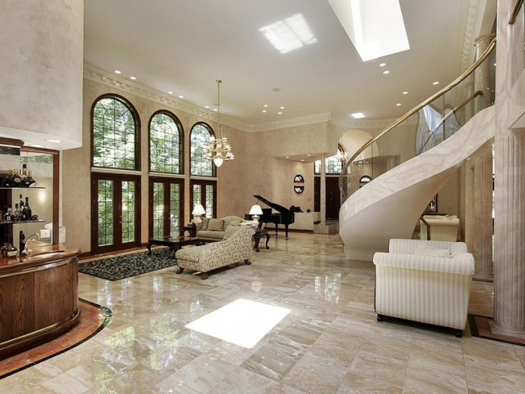 How Do You Maintain Shiny Marble Floors?